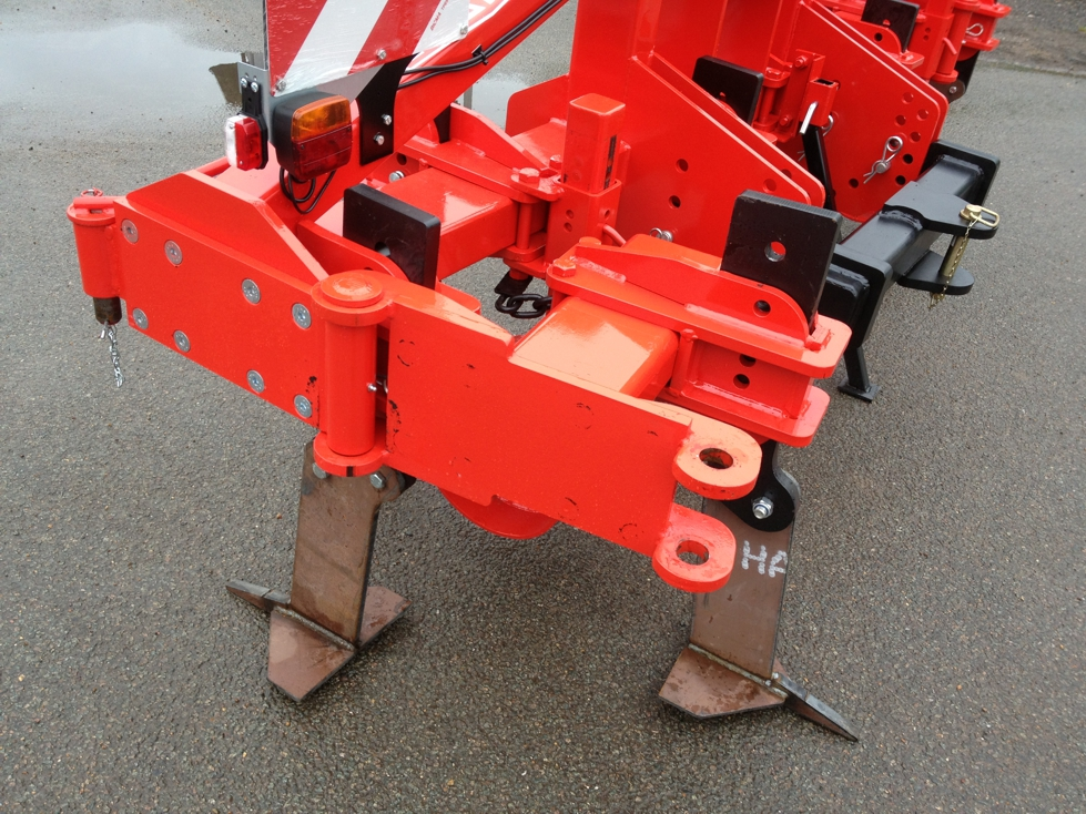 manual folding extension in transport position